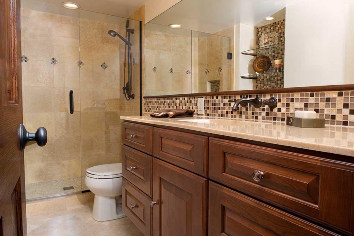 20130806_sk_bathroomoverview